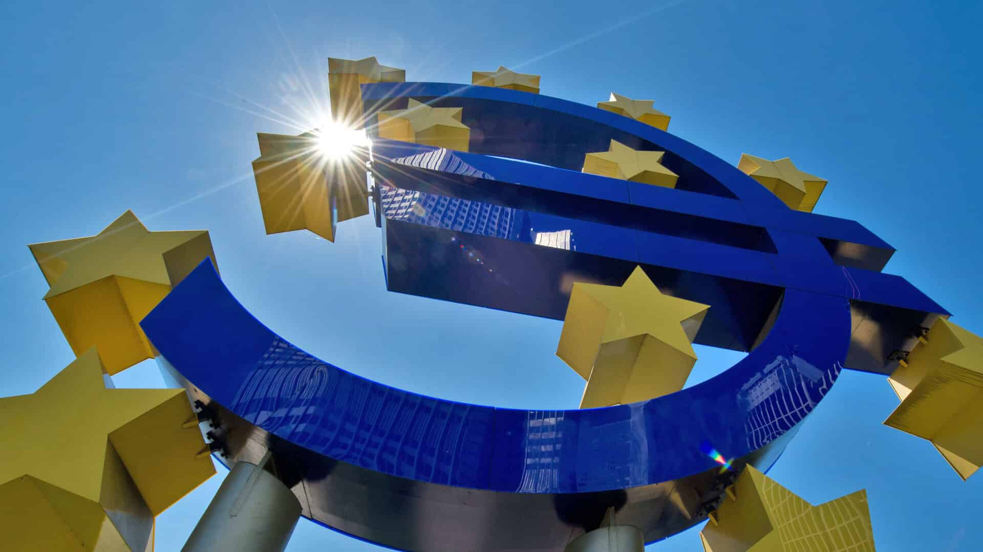 Eurozone Faces Prolonged Slowdown