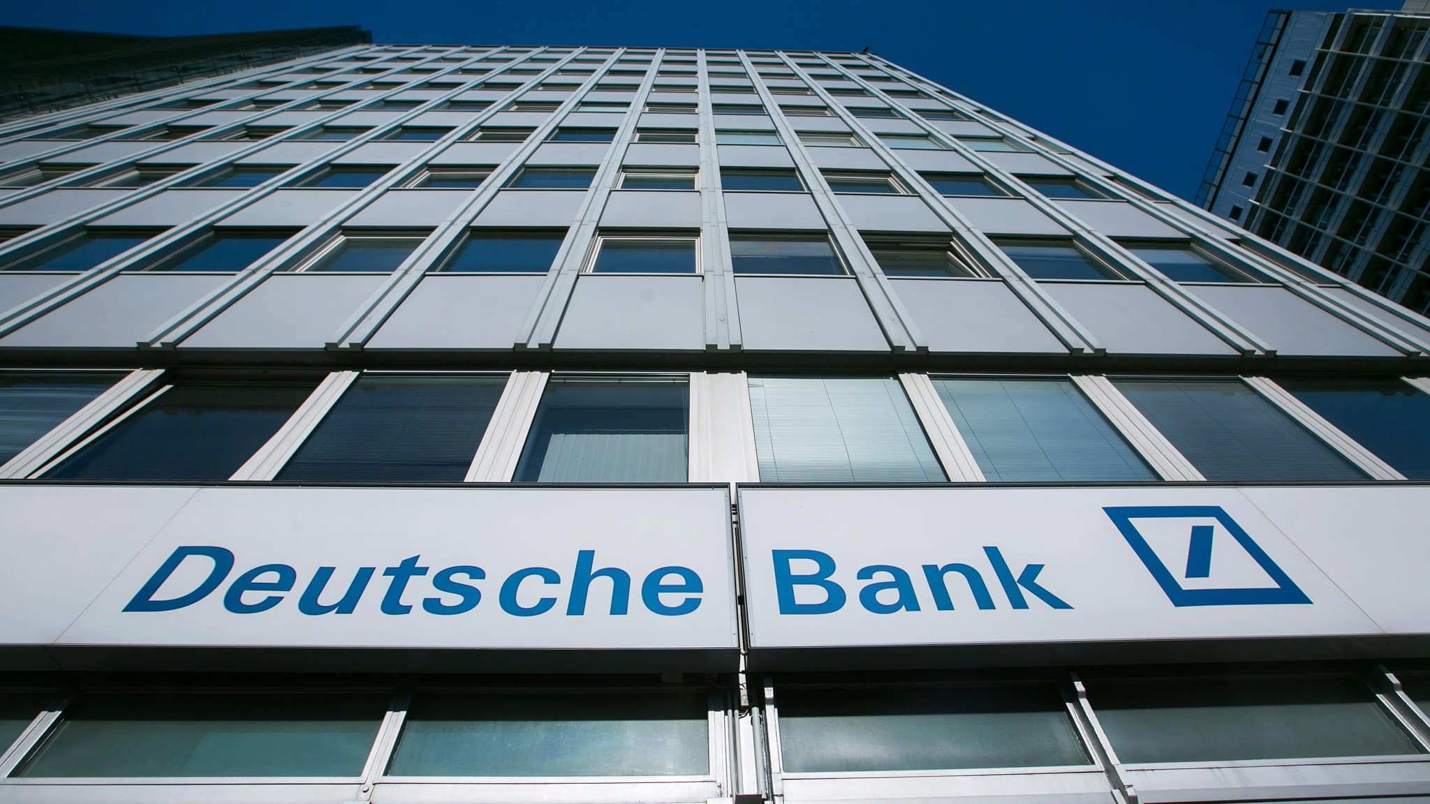 Chairman of Deutsche Bank Against Any Strategy Change
