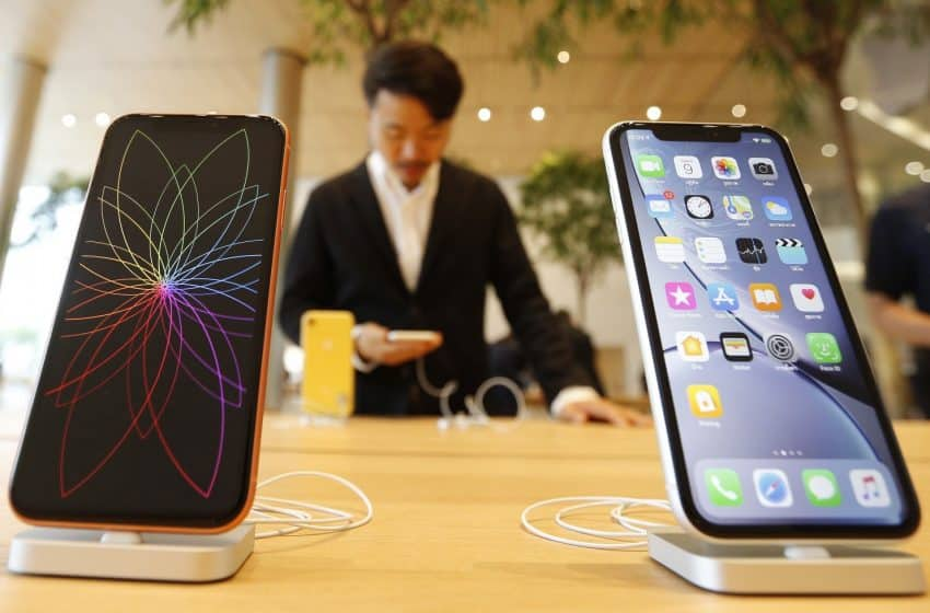 Apple Optimistic after Price Cuts Drive iPhone Sales in China